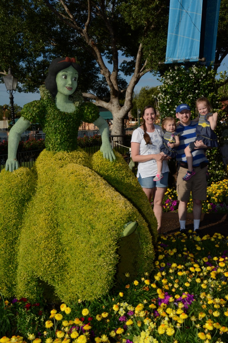 EPCOT_GERMANYTOPIARY_20170425_8018057520